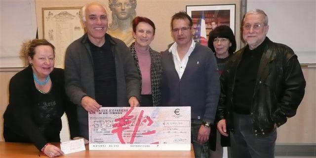 Don de l'association des commerçants et artisans du pays cordais 2010